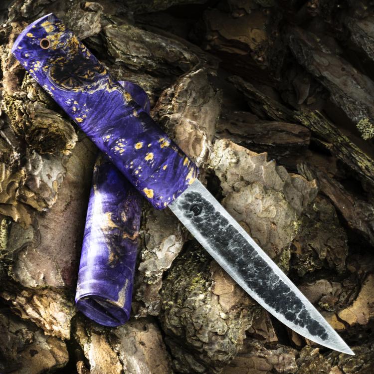 Нож ЯКУТ БОЛЬШОЙ, дамасская сталь, карельская берёза, фиолетовый цвет